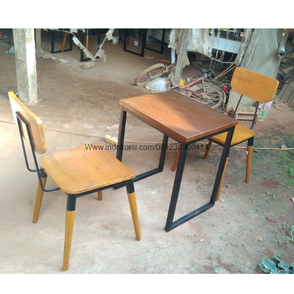 Set Kursi Cafe Kombinasi Besi Minimalis SKR-052, Set Kursi Cafe Kayu Ring Jari Jari, Set Kursi Makan Restoran Outdoor, Set Kursi Restoran Besi dan Kayu Jati, Set Kursi Makan Resto Model Bundar, Set Kursi Makan Restoran Kayu Sungkai, Set Meja Cafe Minimalis Rangka Besi, Set Meja Bangku Restoran Model Minimalis, Set Meja Bangku Cafe Model Minimalis, Set Kursi Cafe Balon Warna Hitam ,Set Kursi Cafe Balon Kombinasi Warna, Set Kursi Cafe Balon Finishing Hitam, Set Kursi Cafe Balon Cat Hitam, Set Kursi Restoran Cafe Koboi Meja Minimalis, Set Kursi Cafe Koboi Meja Jati, Set Kursi Cafe Koboi Meja Minimalis, Set Kursi Cafe Restoran Bangku Meja Bundar, Set Kursi Cafe Bangku Meja Bundar, Set Kursi Cafe Restoran Kayu Jati, Set Kursi Cafe Kayu Jati Desain Restoran, Set Kursi Cafe Restoran Desain Mewah, Set kursi Restoran Kerangka Kaki Besi, Set Bangku Cafe Meja Minimalis, Set Kursi Bangku Makan Minimalis Simple